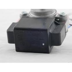 Электродвигатель вентилятора в Холодильники Indesit С00851102